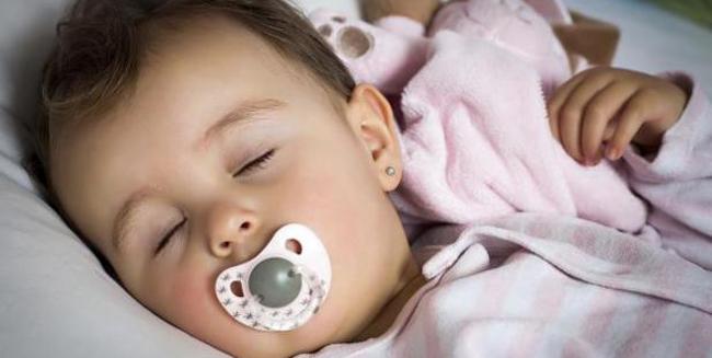 Пустушка – заспокійливе для мами а не для дитини