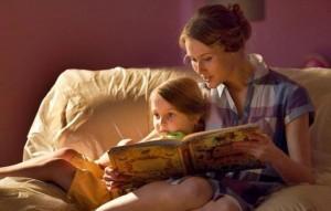 читати дітям казки