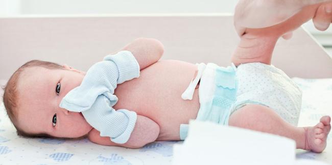 Догляд за пуповиною у новонароджених