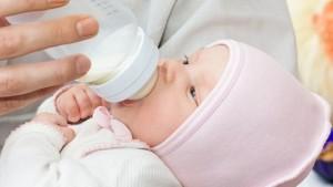 Режим годування новонароджених