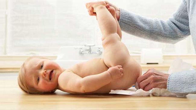 Діарея у грудних дітей (понос): симптоми, лікування