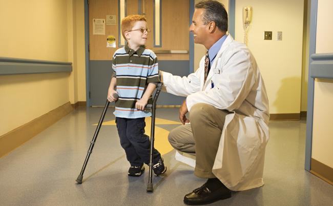 Хвороба Пертеса у дітей: причини, симптоми, лікування