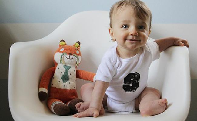 Дитині 9 місяців: харчування, розвиток, ігри