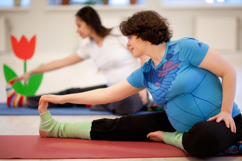 йога - 8 основних видів спорту для вагітних
