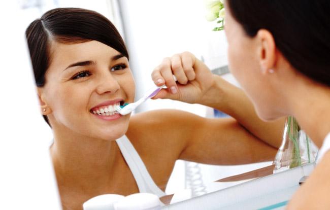 Чистити зуби содою - можна чи ні?