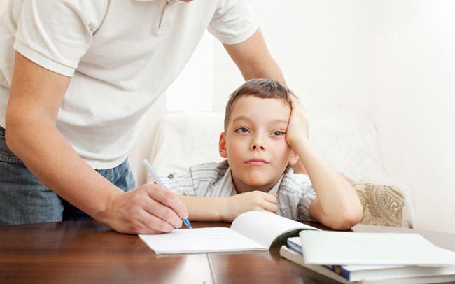Як навчити дитину бути уважною