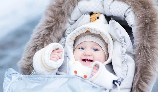 Скільки гуляти з дитиною зимою