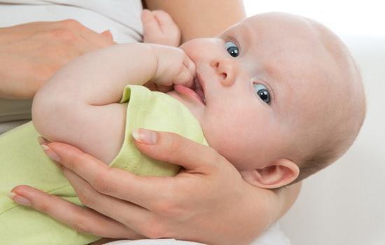 Пропало молоко у мами що годує - причини, що робити, як налагодити лактацію