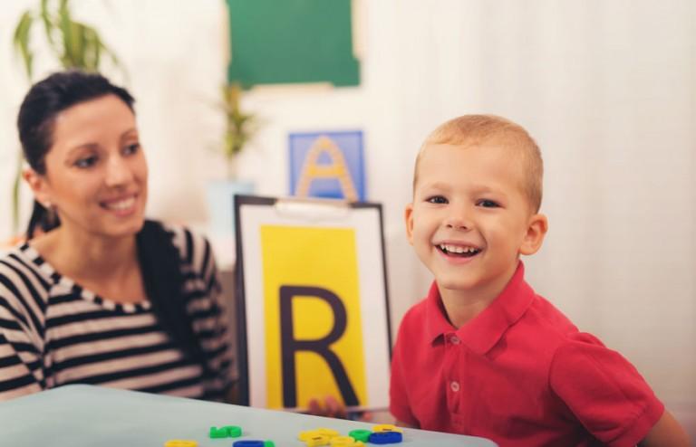 """Як навчити дитину вимовляти букву """"р"""". Автоматизація звуку"""