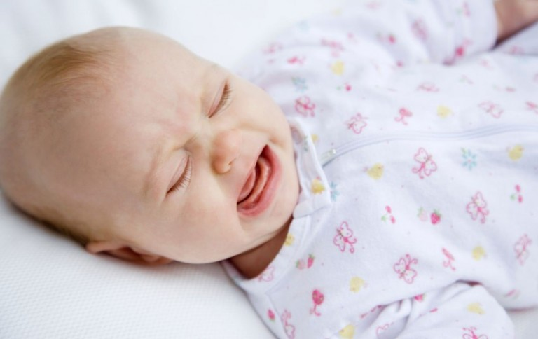 Почему ребенок плачет во womanru