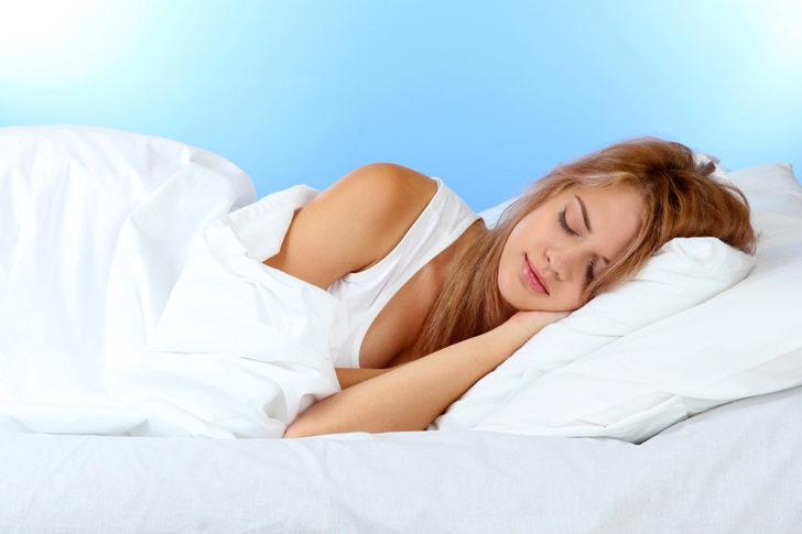Необхідно правильно облаштувати місце для сну, голова повинна бути трохи вище тіла
