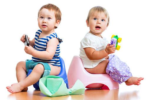 Кращий вік, щоб привчити немовляти ходити на горщик - це 2 роки.