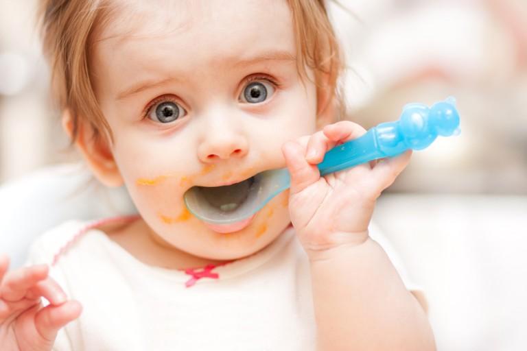 Харчування дитини від народження до трьох років по місяцях