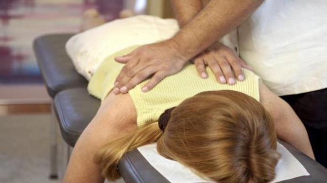Сколіоз у дорослих: лікування та профілактика за допомогою ЛФК