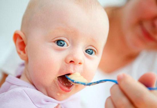Молочні продукти для дітей грудного та раннього віку