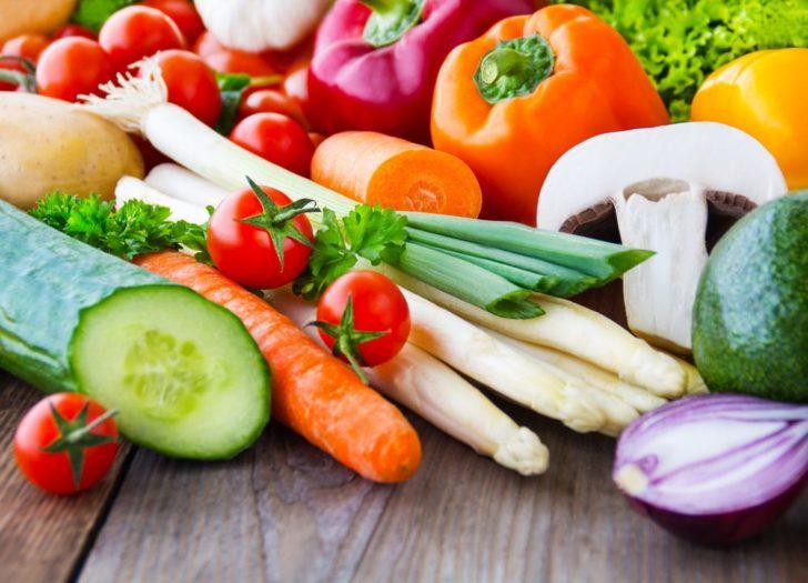 Фрукти і овочі - незамінні джерела вітамінів