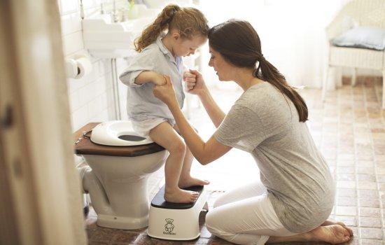 Цистит у дітей: лікувати в домашніх умовах або обов'язково в лікарні. Яким має бути лікування циститу у дітей в домашніх умовах