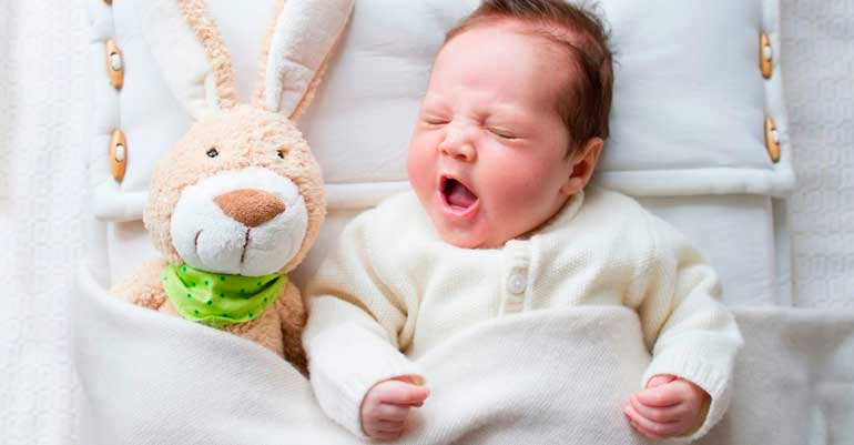 Дитина кашляє уві сні: 5 найпоширеніших причин