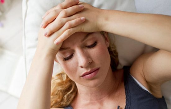 Лікування мігрені в домашніх умовах за допомогою масажу. Ефективні трави