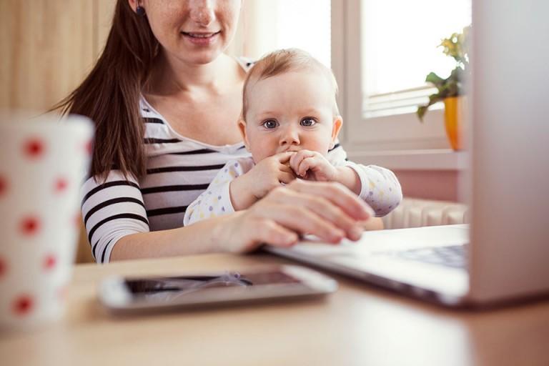 Робота на дому для мам в декреті без обману і вкладень - 8 кращих вакансій на 2018 рік