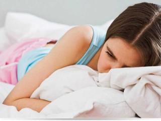 Перші менструації: як поговорити з дитиною