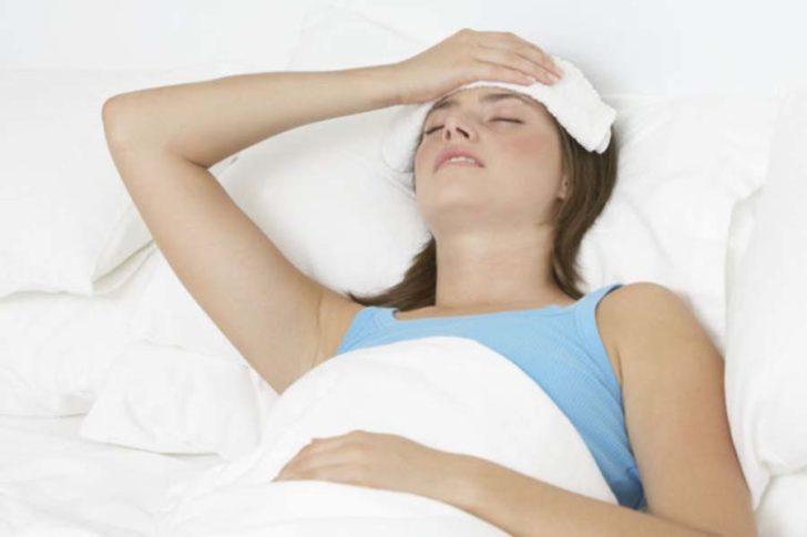 Вологі компреси і обтирання допоможуть знизити температуру природний шляхом, посилюючи віддачу шкірою тепла в навколишнє середовище