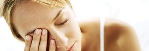 Що робити, якщо смикається око, причини і лікування, особливості посмикування лівого і правого ока