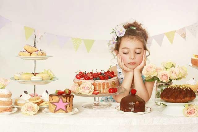 Діти і солодощі: скільки, коли, які