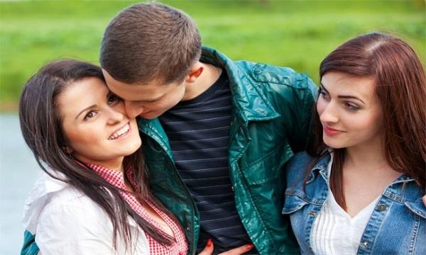 Як відбити хлопця: 6 порад + 3 ТАБУ