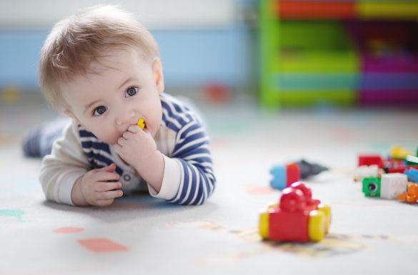 Що робити, якщо дитина проковтнула сторонній предмет