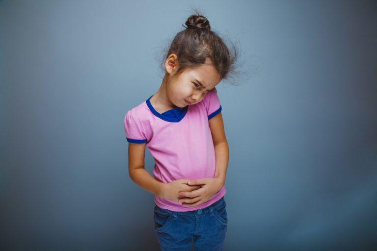Вірус Коксакі, ротавірус і ще 3 причини нудоти і блювоти у дітей і дорослих