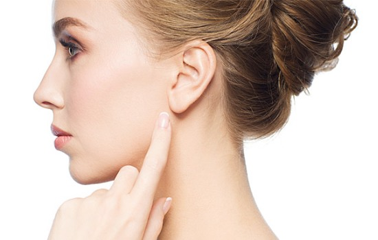 Опухла мочка вуха: причини і симптоми. Способи лікування та заходи профілактики