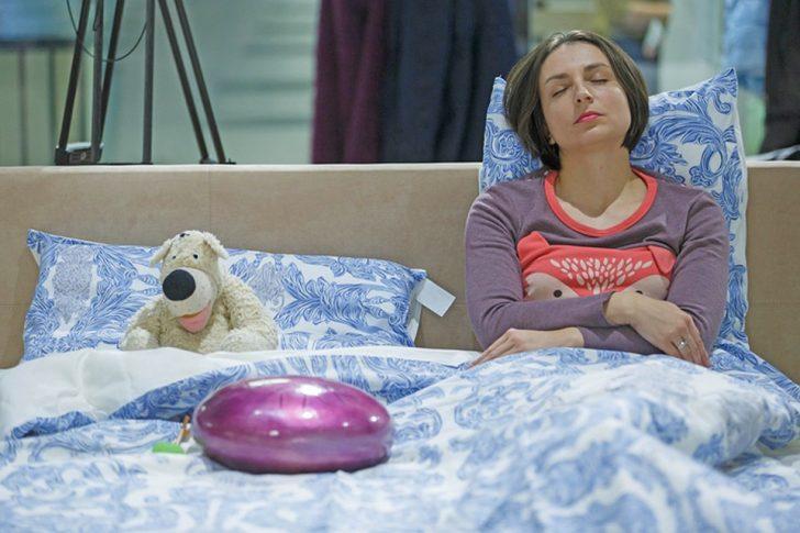 Для полегшення стану хворого рекомендується змінити нахил подушки