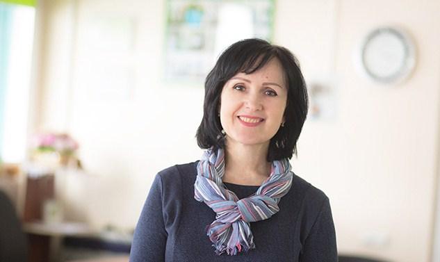 Інна Рожок консультант, лікар-дієтолог, автор книги «Схуднути. Поради професіонала », автор проекту« Усвідомлене харчування і контроль ваги »в соціальних мережах