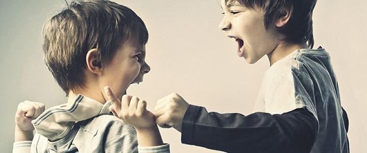 Дитячі бійки – причини і поради з виховання дітей