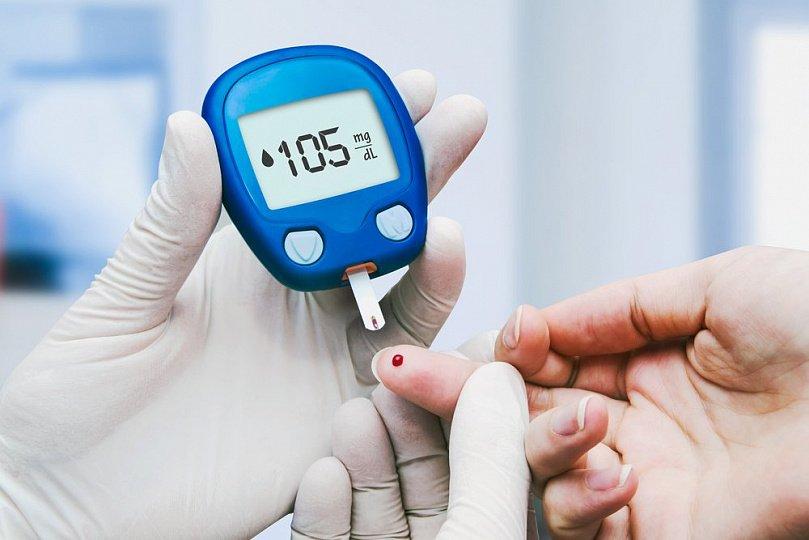 Перші ознаки діабету: маса тіла, спрага, проблеми шкіри