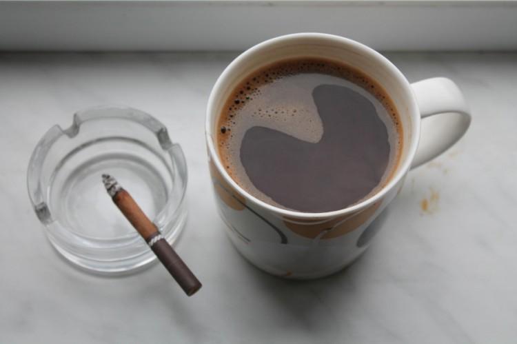 Відмова від сигарет, алкоголю та кави при плануванні вагітності