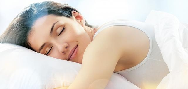 Як навчитися засинати за 3 хвилини? 15 унікальних методів швидкого засинання
