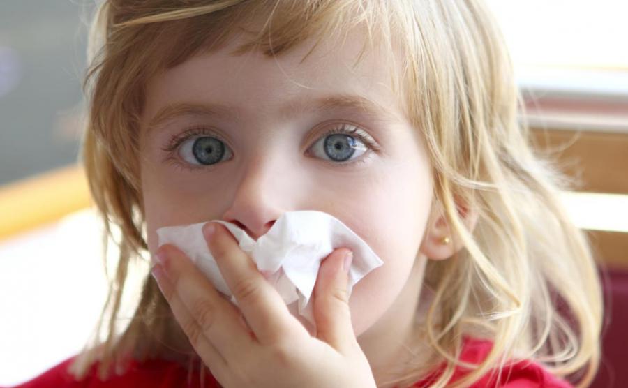 Як відрізнити алергічний нежить від простудного?